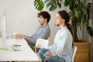 Kako poskrbeti za zdravje v pisarni